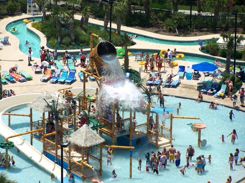 Embassy Suites Splash